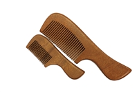 Red Sandalwood Comb with Handle wc201